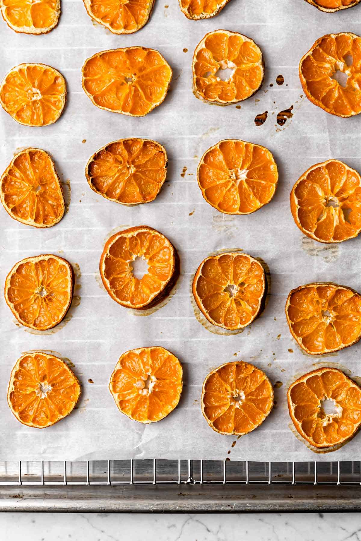 Dried satsuma slices dried in the oven
